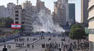 Protesters Clash With Police in Downtown Beirut Near Parliament Building