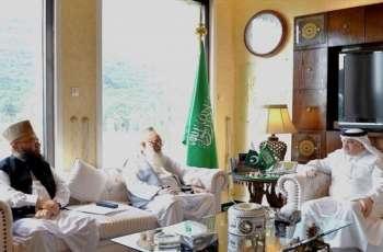 السفیر السعودي لدي اسلام آباد یستقبل رئیس جمعیة أھل الحدیث المرکزیة في مکتبہ بعاصمة اسلام آباد
