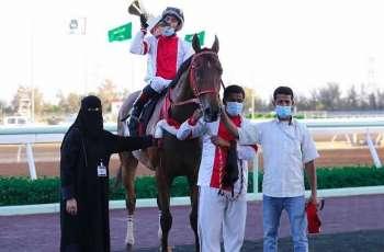 نادي سباقات الخيل يقيم حفل سباقه الرابع على جائزة نادي سباقات الخيل التقديرية وكأس إمارة منطقة مكة المكرمة