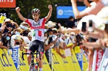 دافيد فورمولو دراج فريق الإمارات يتوج بلقب المرحلة الثالثة من سباق كريتيروم دو دوفينيه