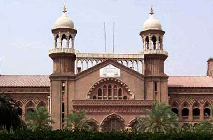 LHC admits for hearing petition against appointments of advisers and special assistant to PM