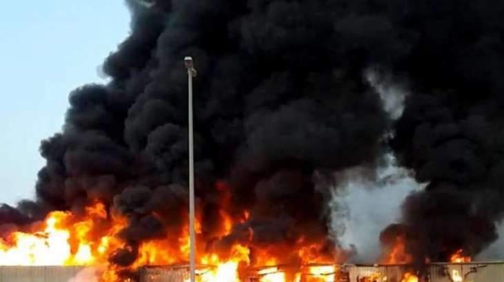 Massive Fire in UAE Market Taken Under Control, No Casualties - Reports