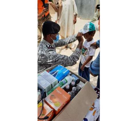 Pakistan Navy Continues Rescue & Relief Operation At Dadu, Celebrates Independence Day With Local Populace