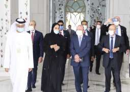 Head of Israel's National Security Council visits Sheikh Zayed Grand Mosque