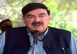 PML-N could escape division if Nawaz Sharif returns on Sept 10, says Sheikh Rasheed