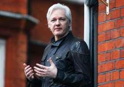 Poll Finds Most People Think UK Gov't Should Halt Assange's Extradition Proceedings