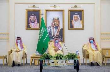 سمو أمير القصيم يلتقي رؤساء وأعضاء المجالس البلدية بالمنطقة