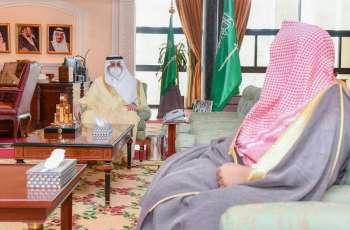 سمو أمير تبوك يستقبل مدير فرع هيئة الأمر بالمعروف بالمنطقة