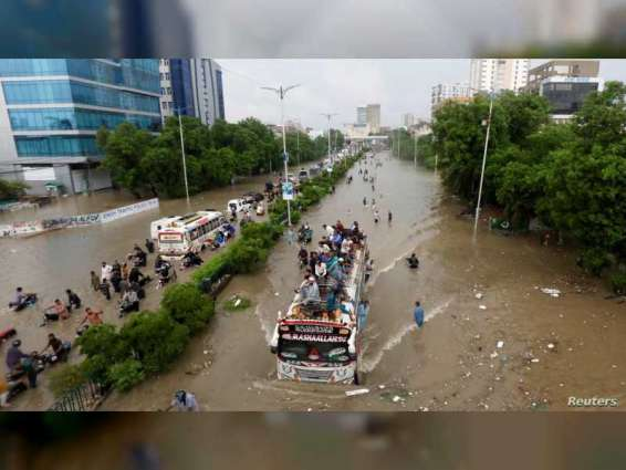 Emirati field teams begin rescuing 75,000 people affected by floods in southern Pakistan