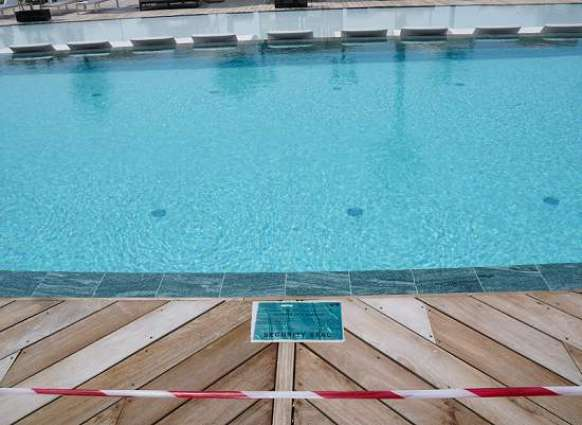 Swimming pool shut down by Dubai Sports Council and Dubai Economy for violating COVID-19 protocols