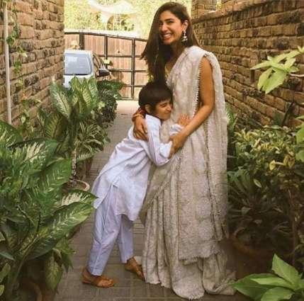 Mahira Khan writes heart-touching note on 11th birthday of her son