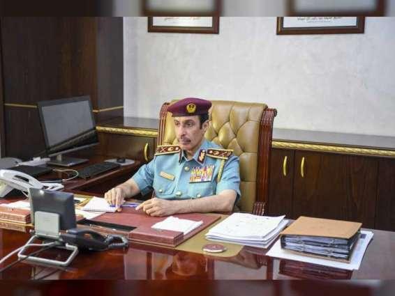 قائد شرطة عجمان يشيد بإنجازات مراكز الشرطة الشاملة بمجال الربط الذكي