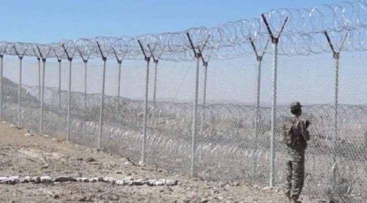 مقتل رجل من الأمن الباکستاني اثر اطلاق النار عبر الحدود مع أفغانستان