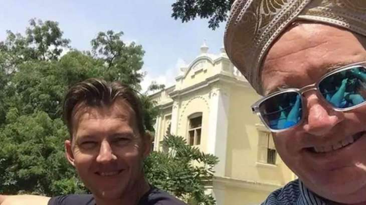 Brett Lee shares what he did to bring Dean Jones back