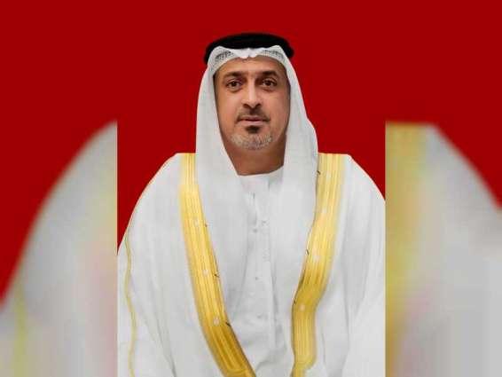 سلطان بن خليفة يعزي أمير الكويت في وفاة الشيخ صباح الأحمد