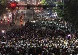 Bangkok Protesters Moving to Government House, Reach Foreign Ministry Building