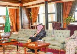 سمو أمير تبوك يستقبل مدير الخدمات الطبية للقوات المسلحة