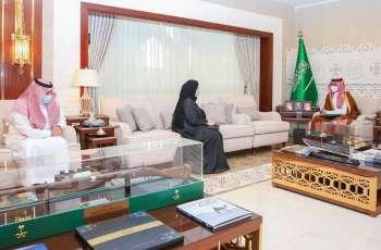 سمو نائب أمير الشرقية يلتقي مدير فرع هيئة حقوق الإنسان بالمنطقة