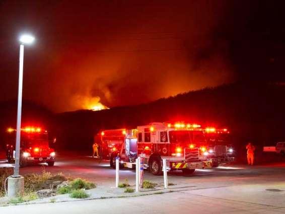 إجلاء 60 ألف شخص في كاليفورنيا بسبب حرائق الغابات