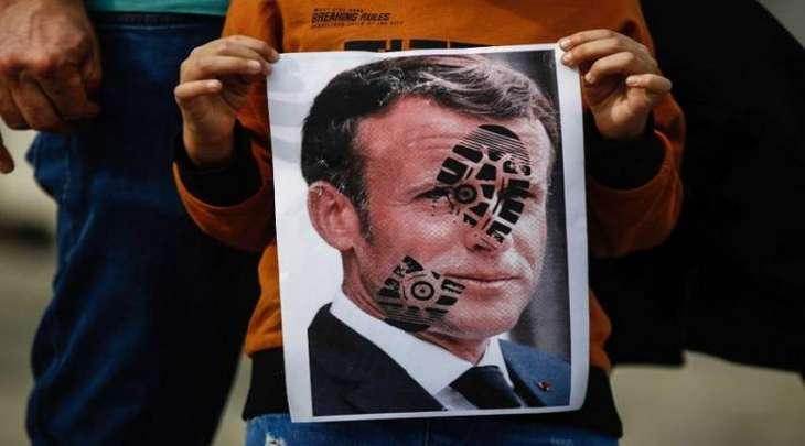 الرئیس الفرنسي : لا شیء یجعلنا نتراجع أبدا