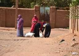 مركز الملك سلمان للإغاثة يوزع أكثر من 74 طنًا من السلال الغذائية في محلية سوبا بولاية الخرطوم السودانية