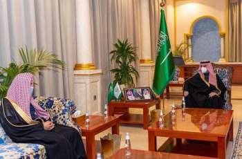 سمو أمير الجوف يستقبل مدير الشؤون الإسلامية بالمنطقة