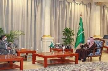 السفیر الباکستاني لدي السعودیة یلتقی أمیر منطقة الجوف الأمیر فیصل بن نواف بن عبدالعزیز