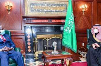 سمو أمير منطقة تبوك يستقبل سفير جمهورية كينيا لدى المملكة