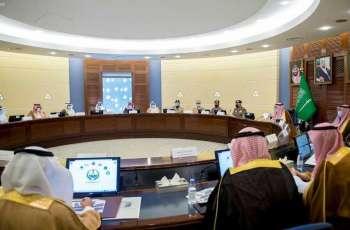 سمو أمير القصيم يرأس اجتماع اللجنة الرئيسية للدفاع المدني بالمنطقة
