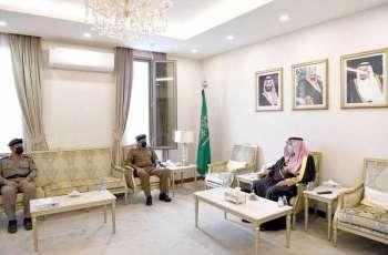 سمو محافظ حفر الباطن يستقبل مدير الدفاع المدني بالمنطقة الشرقية