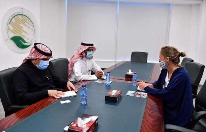 مساعد المشرف العام على مركز الملك سلمان للإغاثة يلتقي بمسؤولة أوروبية