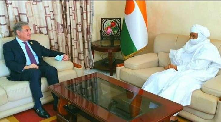رئیس وزراء النیجر بریجي رافیني یستقبل وزیر خارجیة باکستان شاہ محمود قریشي