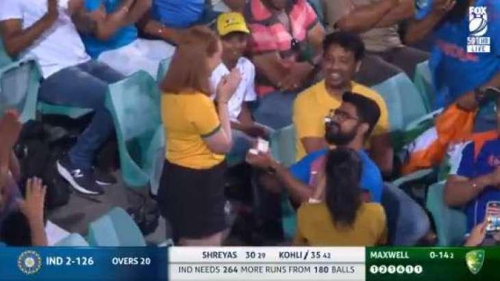 Indian cricket fan makes marriage proposal to Australian girlfriend