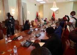 وزير الدولة لشؤون الدول الأفريقية يعقد جلسة مباحثات مع وزير الخارجية في أنغولا