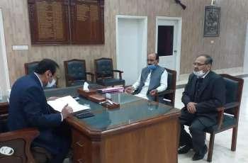 Yawar Mehdi and Saleem Qaisrani meet Dr Irshad Ahmad Khan Commissioner DG Khan