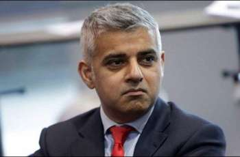London Mayor Urges People to Follow Rules as UK Capital Enters COVID-19 Tiered System