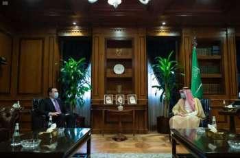 وزير الدولة للشؤون الخارجية يستقبل الأمين العام لمنتدى الطاقة الدولي