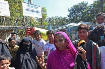 Rights Group Urges Bangladesh to Stop Relocating Rohingya Refugees to Remote Island