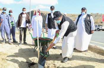أمين الباحة يدشن فعاليات أسبوع التطوع البلدي بالمنطقة