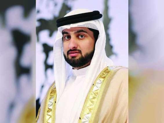 أحمد بن محمد: الإمارات تحقق طموحات راودت الآباء المؤسسين وهم يرفعون عَلَمها إيذاناً بميلاد دولة الاتحاد