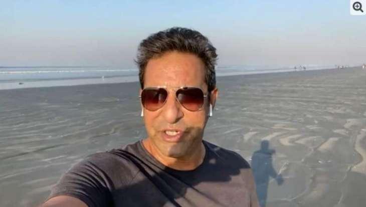 Wasim Akram is happy over clean-beach of Karachi