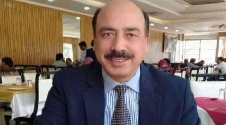 وفاة القاضي فی محکمة المحاسبة الباکستانیة السابق أرشد مالک متأثرا بفیروس کورونا