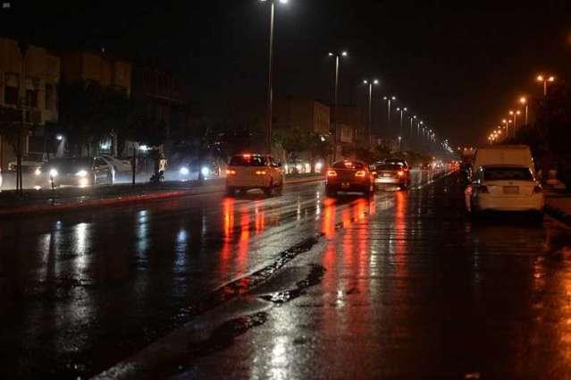 أمطار من خفيفة إلى متوسطة على محافظات المنطقة الشرقية