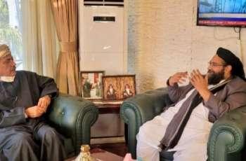 رئیس مجلس علماء باکستان طاھر محمود الأشرفي یجتمع بسفیر سلطنة عمان لدي اسلام آباد