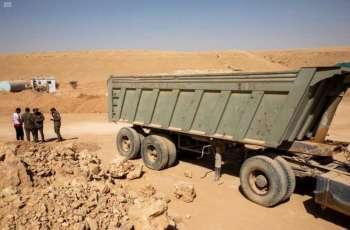 القوات الخاصة للأمن البيئي تضبط (6) آليات مخالفة للأنظمة البيئية التي تمنع نهل الرمال وتجريف التربة