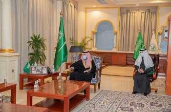 سمو أمير الجوف يستقبل مدير الدفاع المدني بالمنطقة