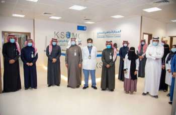 رئيس جامعة الملك سعود يفتتح المقر الجديد للمركز الجامعي للسكري