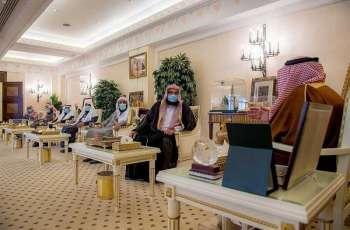 سمو أمير القصيم يكرم العاملين والمبادرين في المصليات المتنقلة بالمنطقة