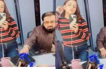 'Mufti Qavi kissed me on my forehead,' says Hareem Shah, claiming to have video of the scene