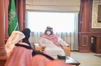 سمو نائب أمير منطقة جازان يستقبل الرئيس التنفيذي للمركز الوطني للتنافسية